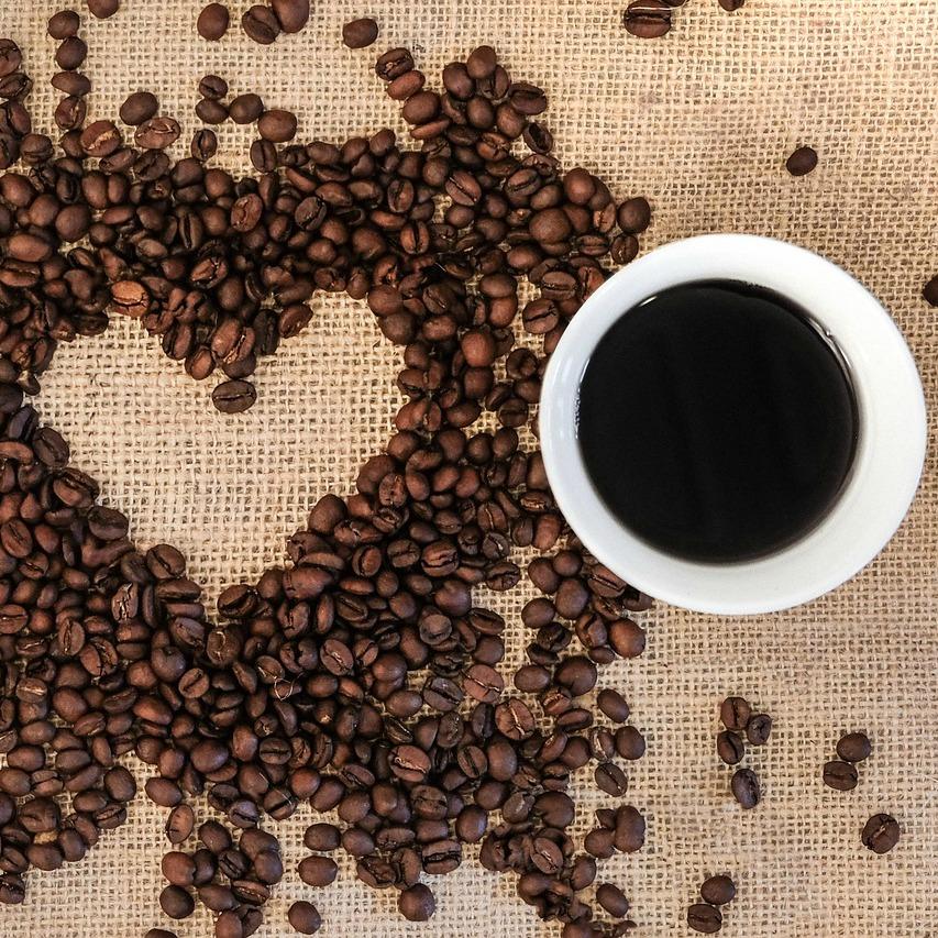 Coffee loves us - Coffee Mills